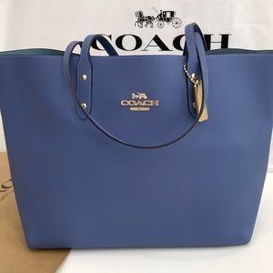 Coach brand new beautiful color tote bag